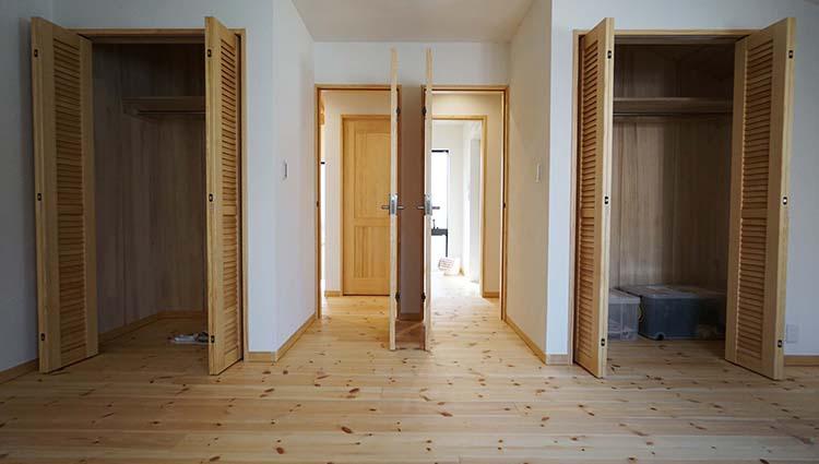 江戸川区で自然素材の注文住宅を建てるニットー住宅 将来間仕切りができる子供部屋