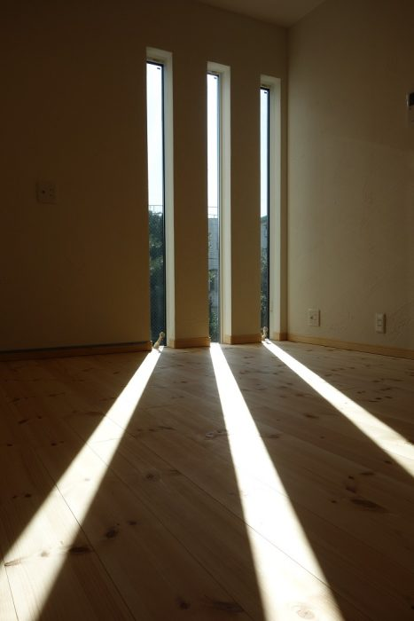 江戸川区で注文住宅を建てるニットー住宅の風通しの良い窓