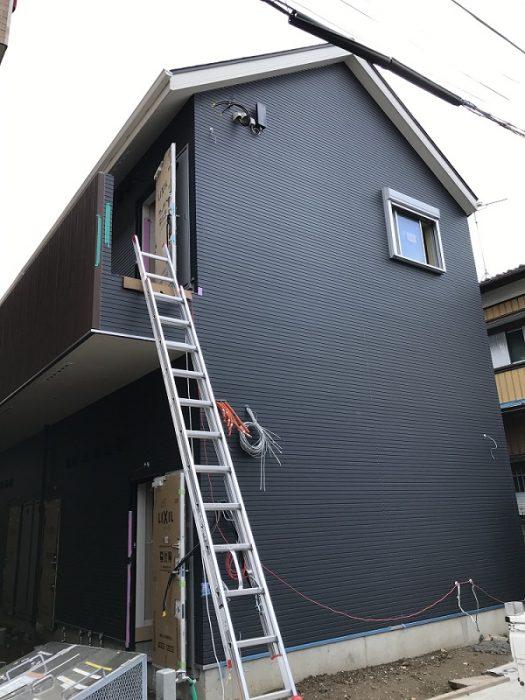江戸川区で自然素材を使ったこだわりの注文住宅を建てる工務店ニットー住宅牛山が視察にいったアパートの写真です。