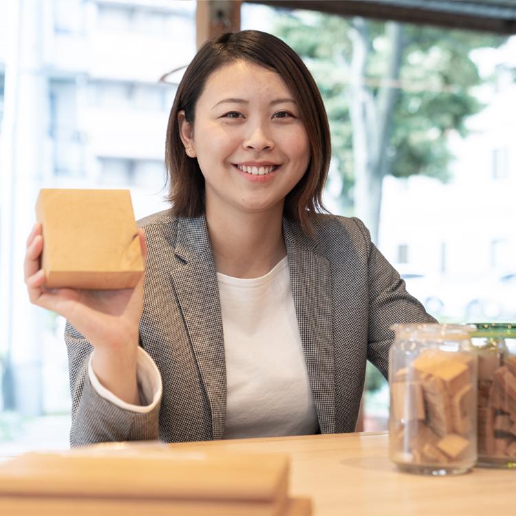 江戸川区で自然素材の注文住宅を建てるニットー住宅 スタッフ 松本麗桂子-マツモトリカコ