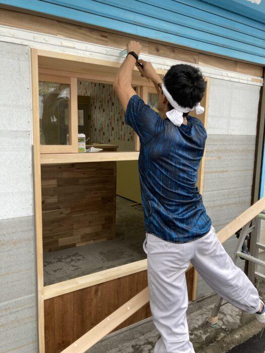 みなさま、こんにちは!  江戸川区で注文住宅を建てる工務店ニットー住宅、工事部の菅原信義です。