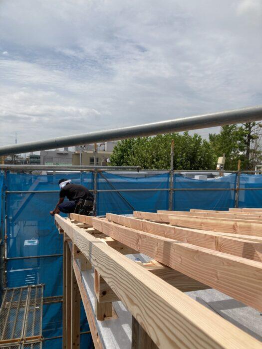 江戸川区で注文住宅を建てるニットー住宅の屋根です。