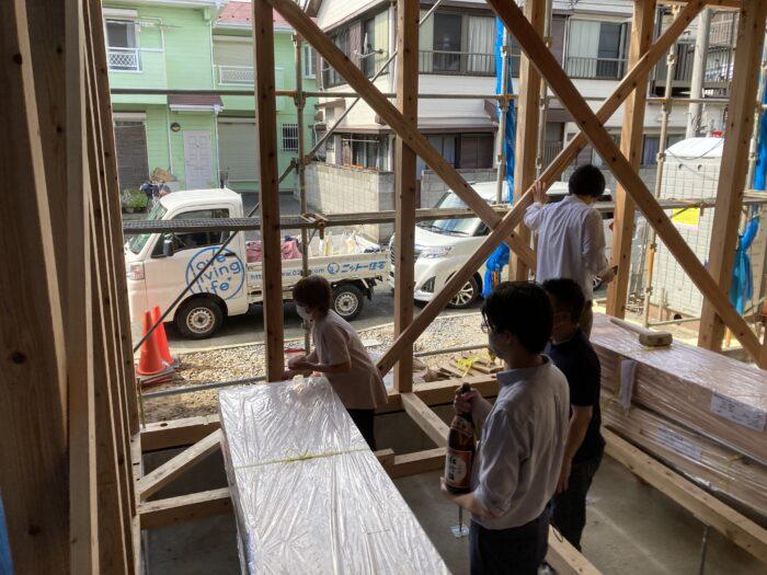 江戸川区で注文住宅を建てるニットー住宅の上棟式